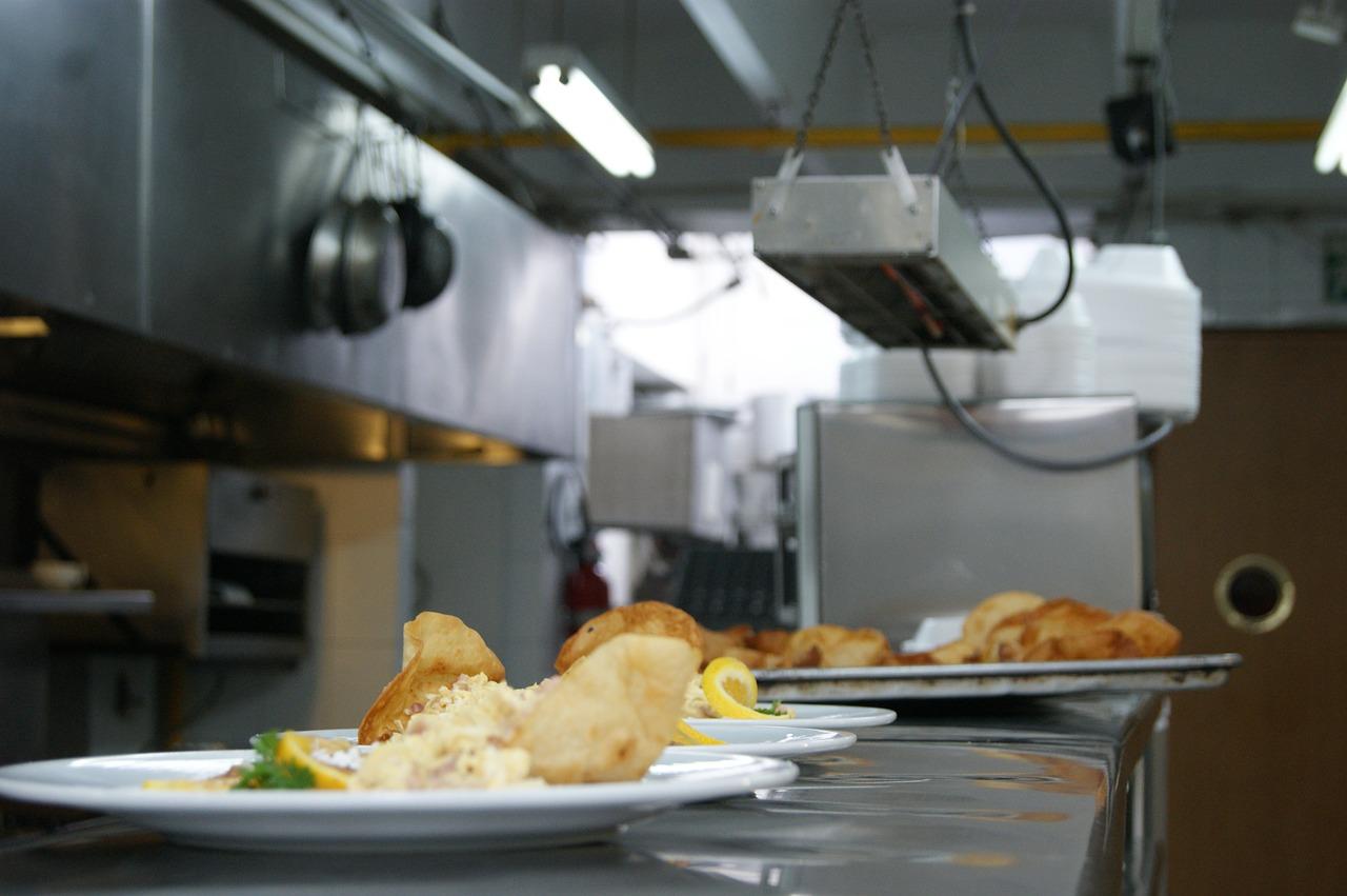 Individual Kitchen & Larder
